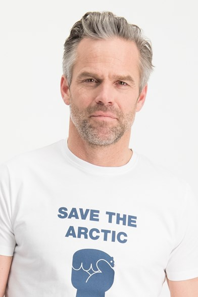 Save The Arctic Chest Print T-shirt